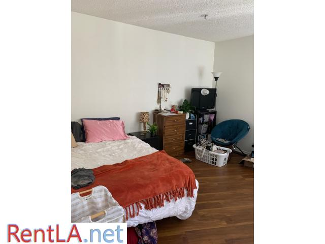 Spot in triple in UCLA Apartment 3 month lease takeover - 5/7