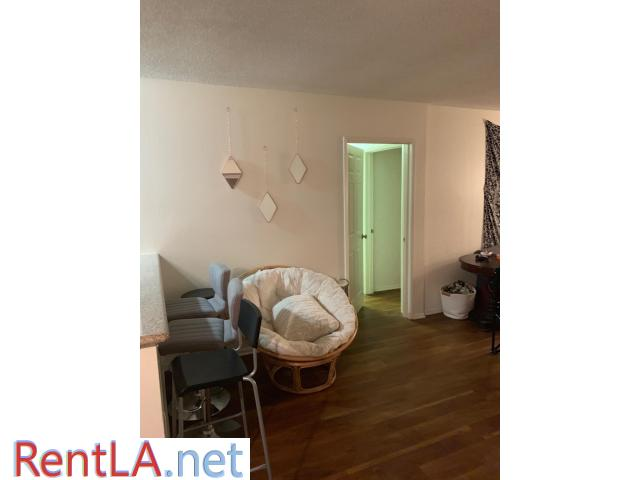 Spot in triple in UCLA Apartment 3 month lease takeover - 7/7