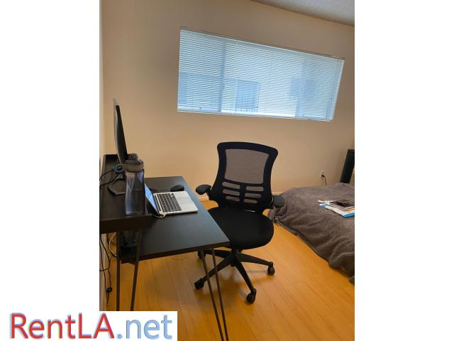 LARGE Private Room For Rent - 1/7