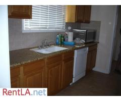 Charming Traditional Home In Trendy NoHo Area - FIRST MONTH FREE