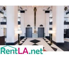 PLACE IN A STUDIO IN KOREATOWN IS STILL AVAILABLE!
