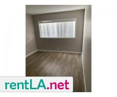 PRIVATE ROOM FOR RENT IN APARTMENT - Image 1/6
