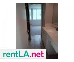 Gorgeous condo share, private en suite bathroom off bedroom - Image 9/14