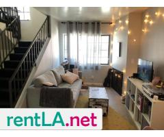 BED IN 2BR/2BA IN HOLLYWOOD, GREAT LOCATION AVAILABLE 6/1 - Image 3/5