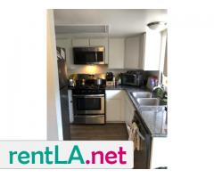 BED IN 2BR/2BA IN HOLLYWOOD, GREAT LOCATION AVAILABLE 6/1 - Image 4/5