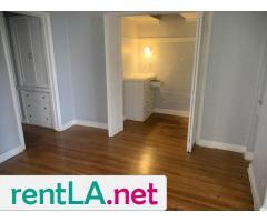 One bedroom Jefferson Park - Image 3/9