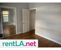 One bedroom Jefferson Park - Image 8/9