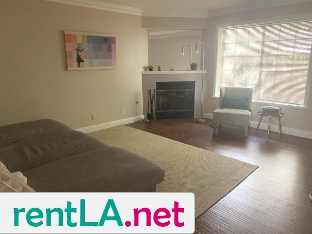 Large Master bedroom- Looking for two female roommates - 2/6