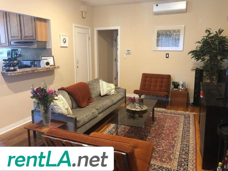 Rare Duplex in Coveted Beverlywood! - 3