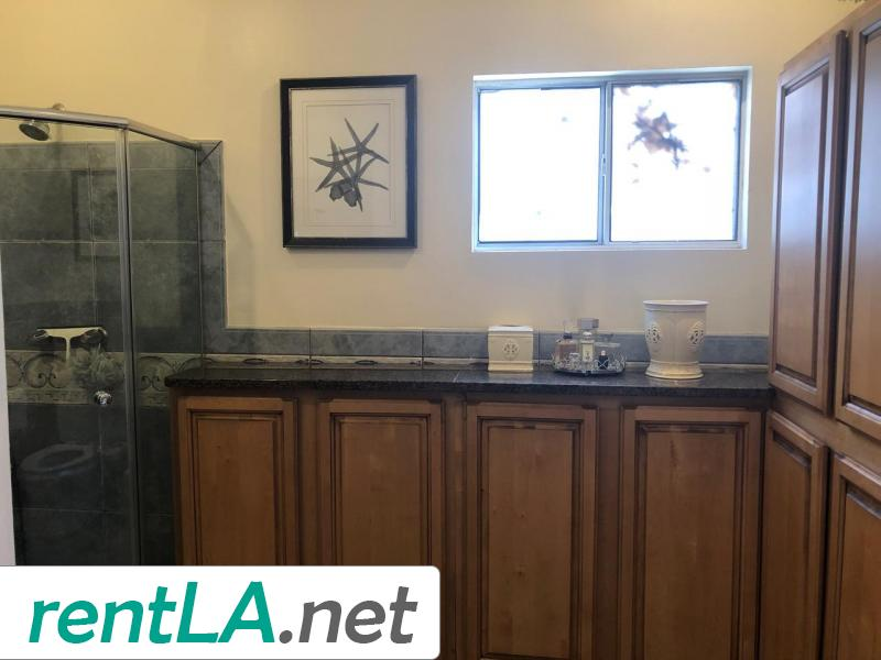 Rare Duplex in Coveted Beverlywood! - 7
