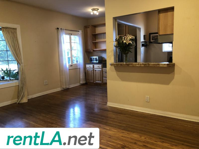 Rare Duplex in Coveted Beverlywood! - 11